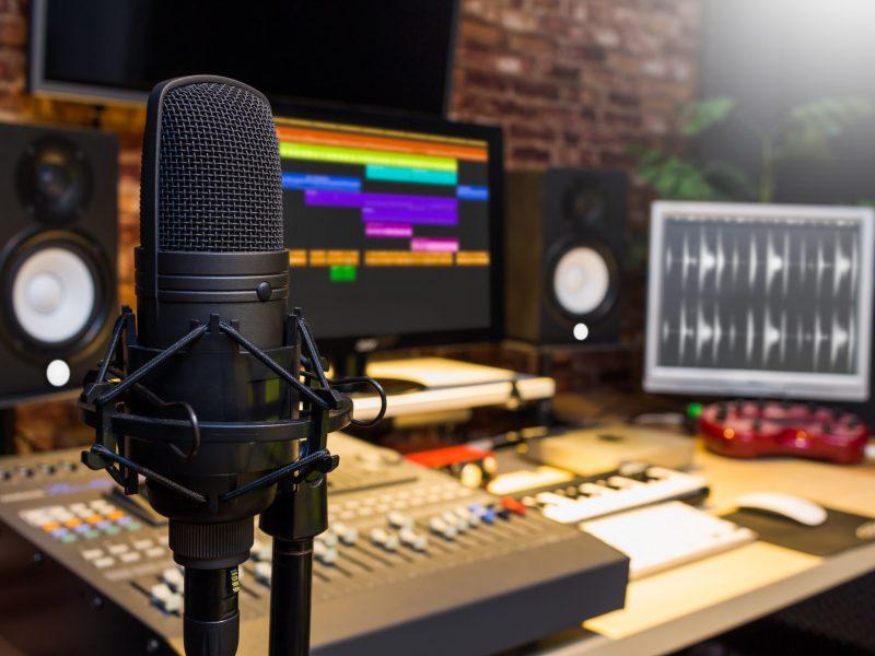Voice-over-Actor-Recording-Studio